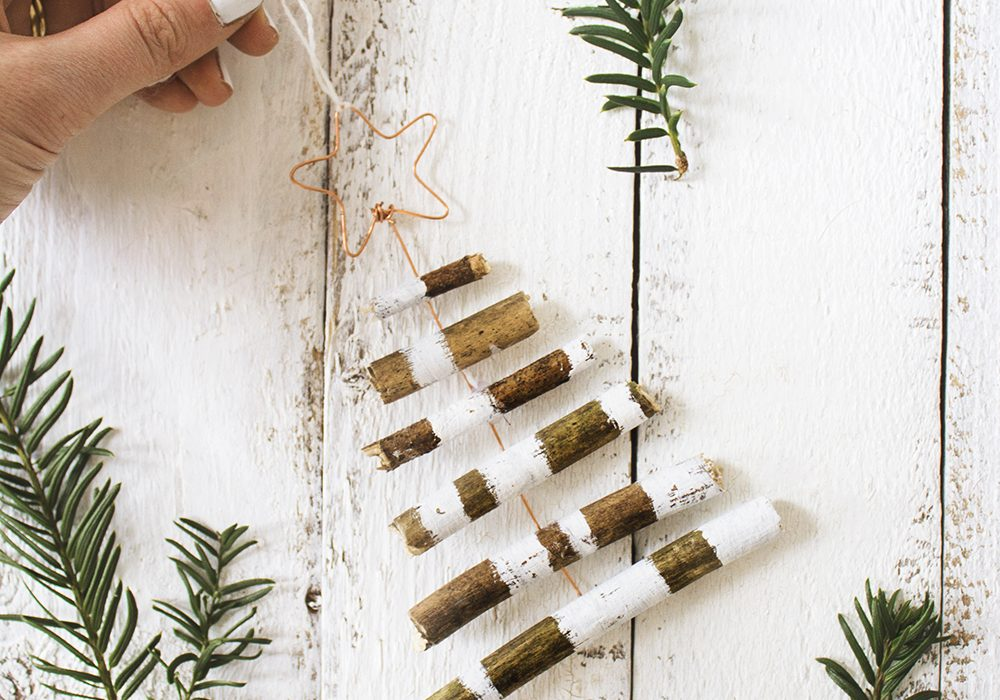 DIY-rustic-tree-decoration-1