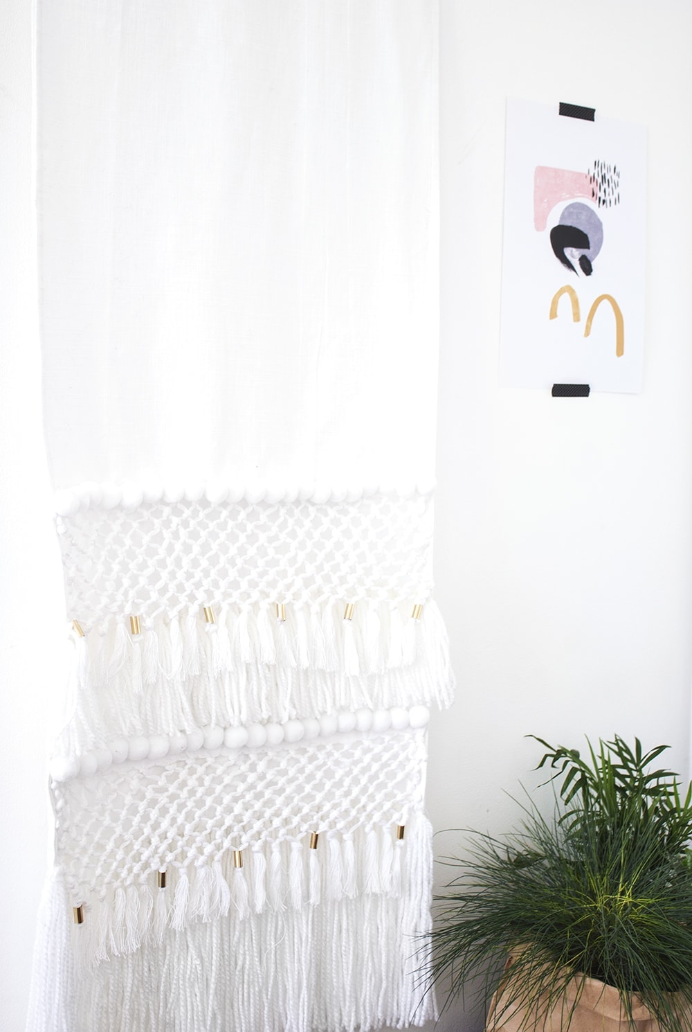 make your own easy wall hanging