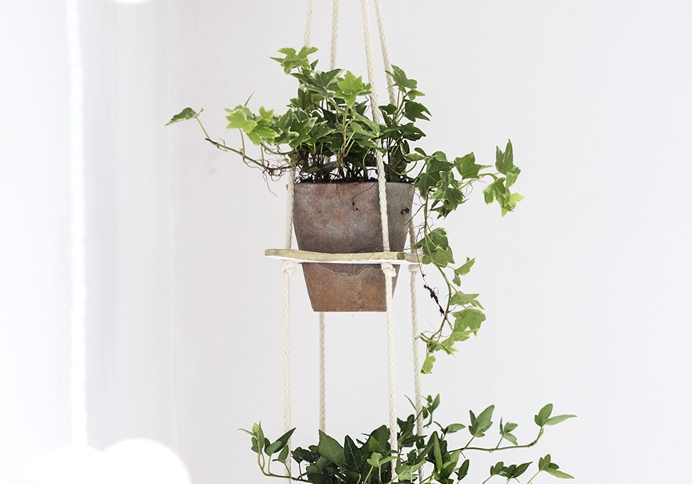 hanging tiered planter