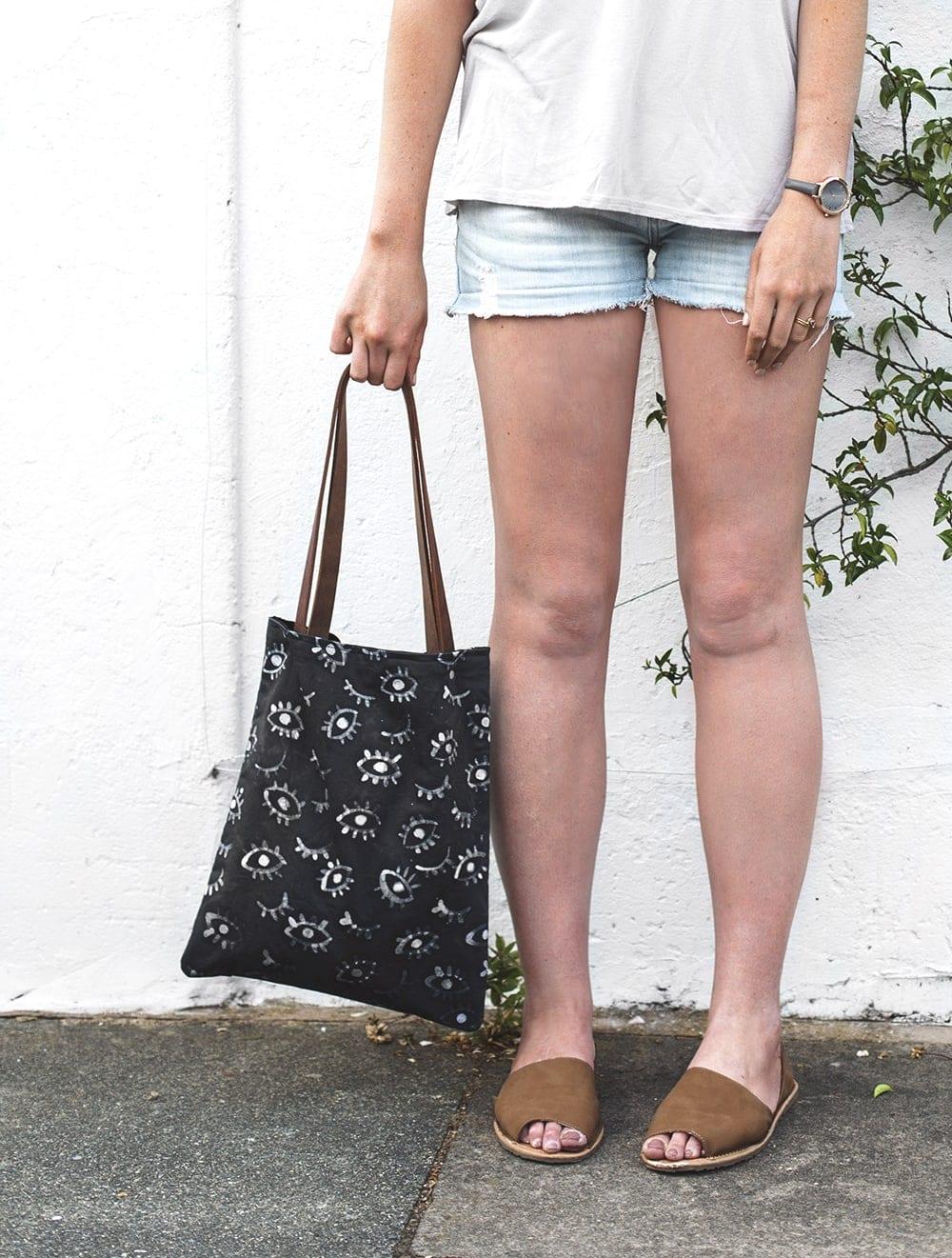 eye pattern summer bag