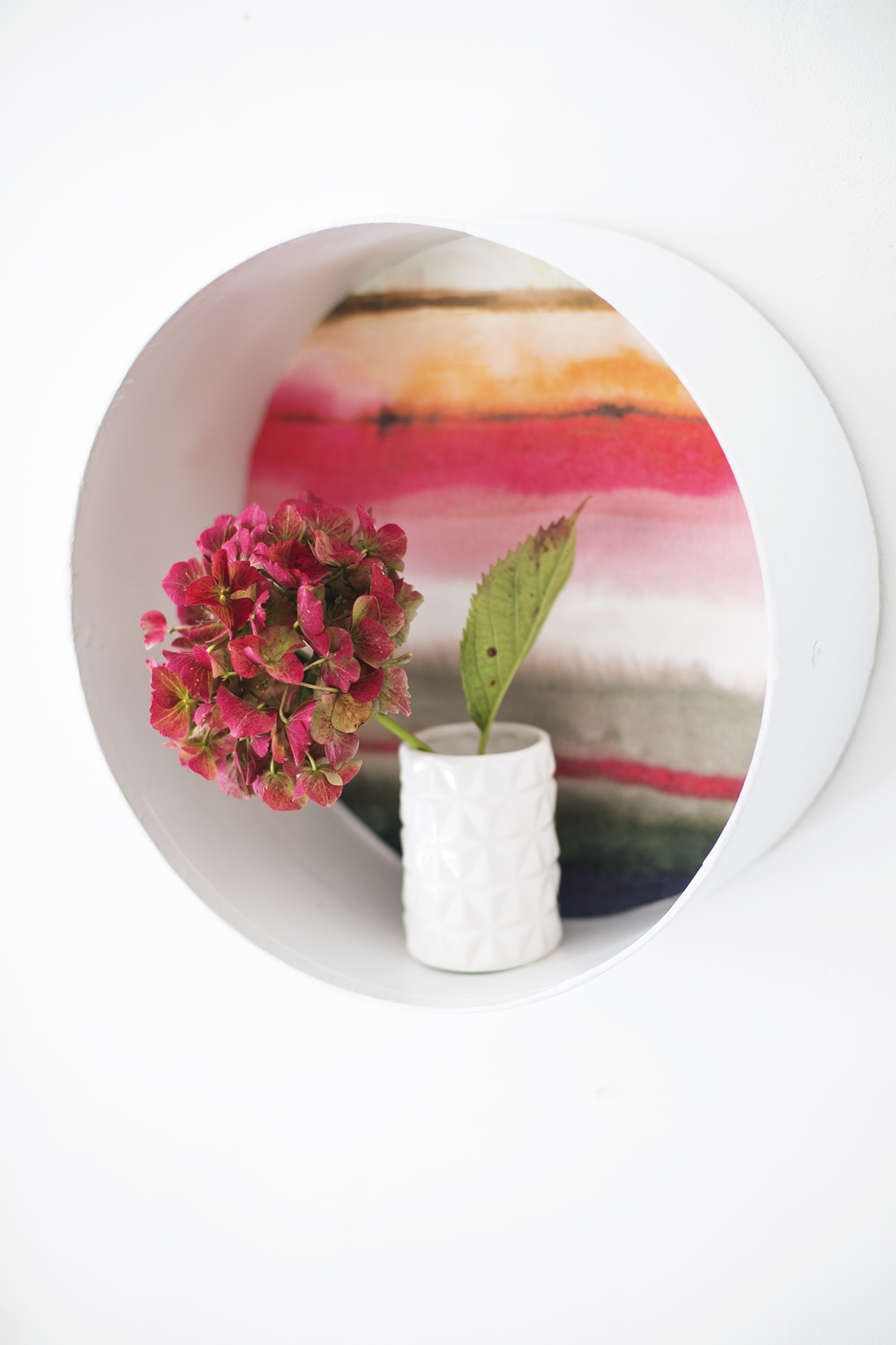 DIY decorative shelves using Voyage wallpaper   a different use for wallpaper