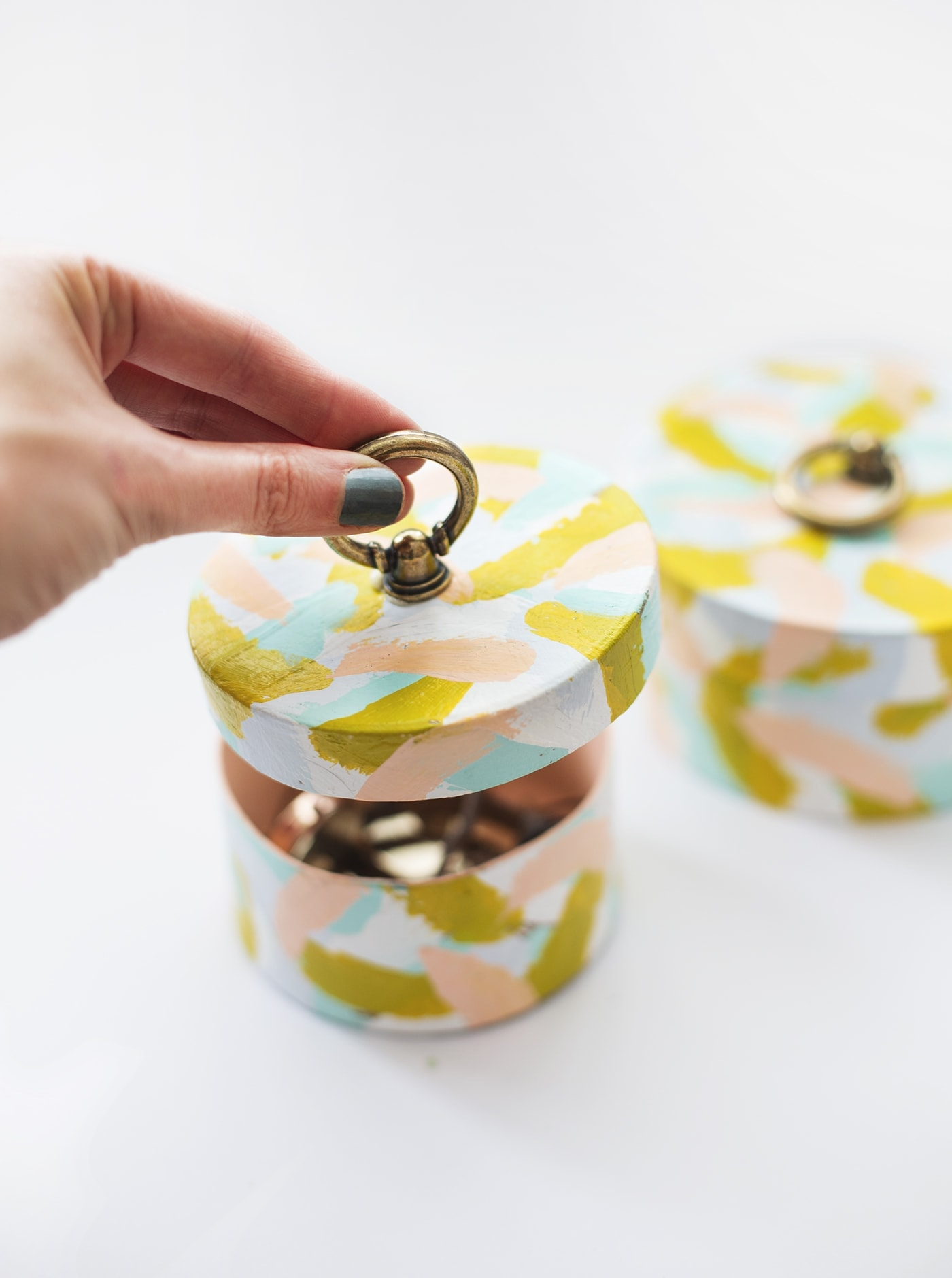 DIY ring pull patterned box | the lovely drawer
