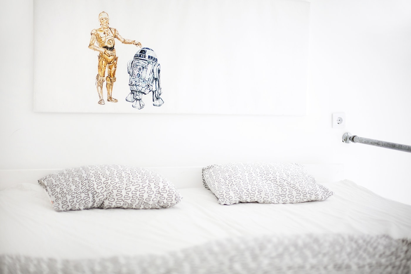 Air bnb raised bedroom budapest | the lovely drawer