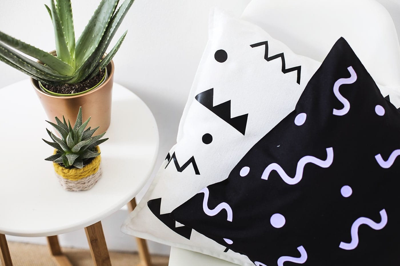 DIY easy patterned heat transfer cushion idea