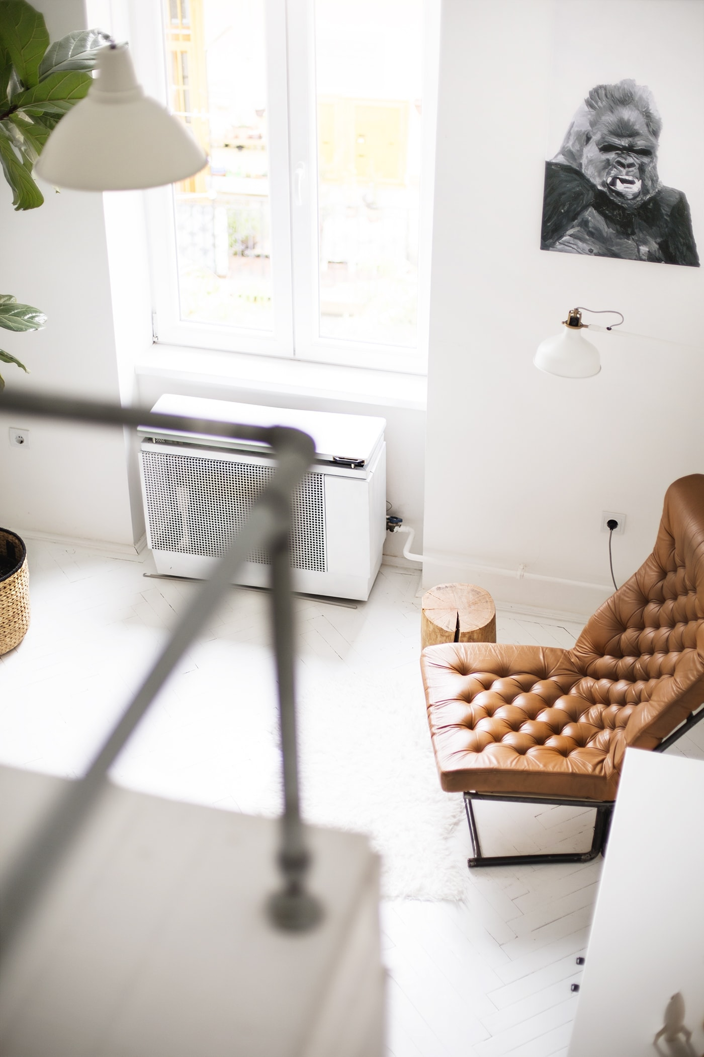 air bnb bedroom with a view | the lovely drawer
