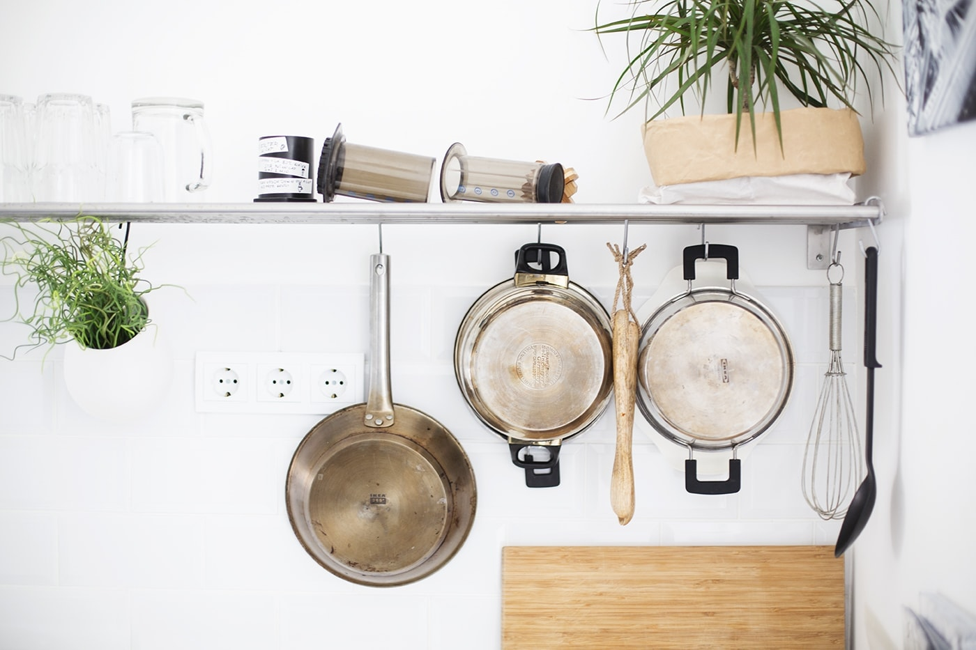 air bnb kitchen utensils budapest | the lovely drawer
