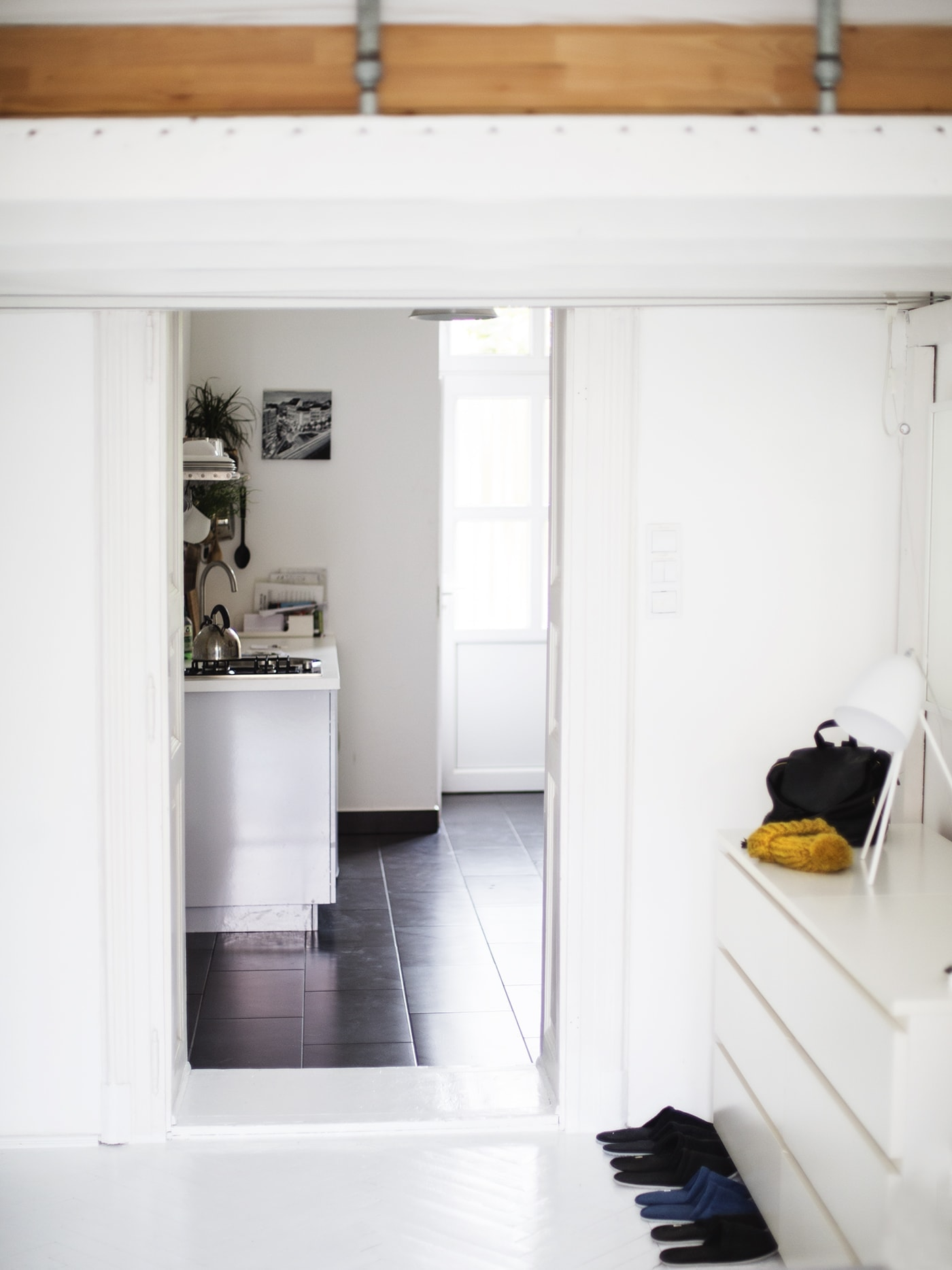 air bnb welcome budapest | the lovely drawer