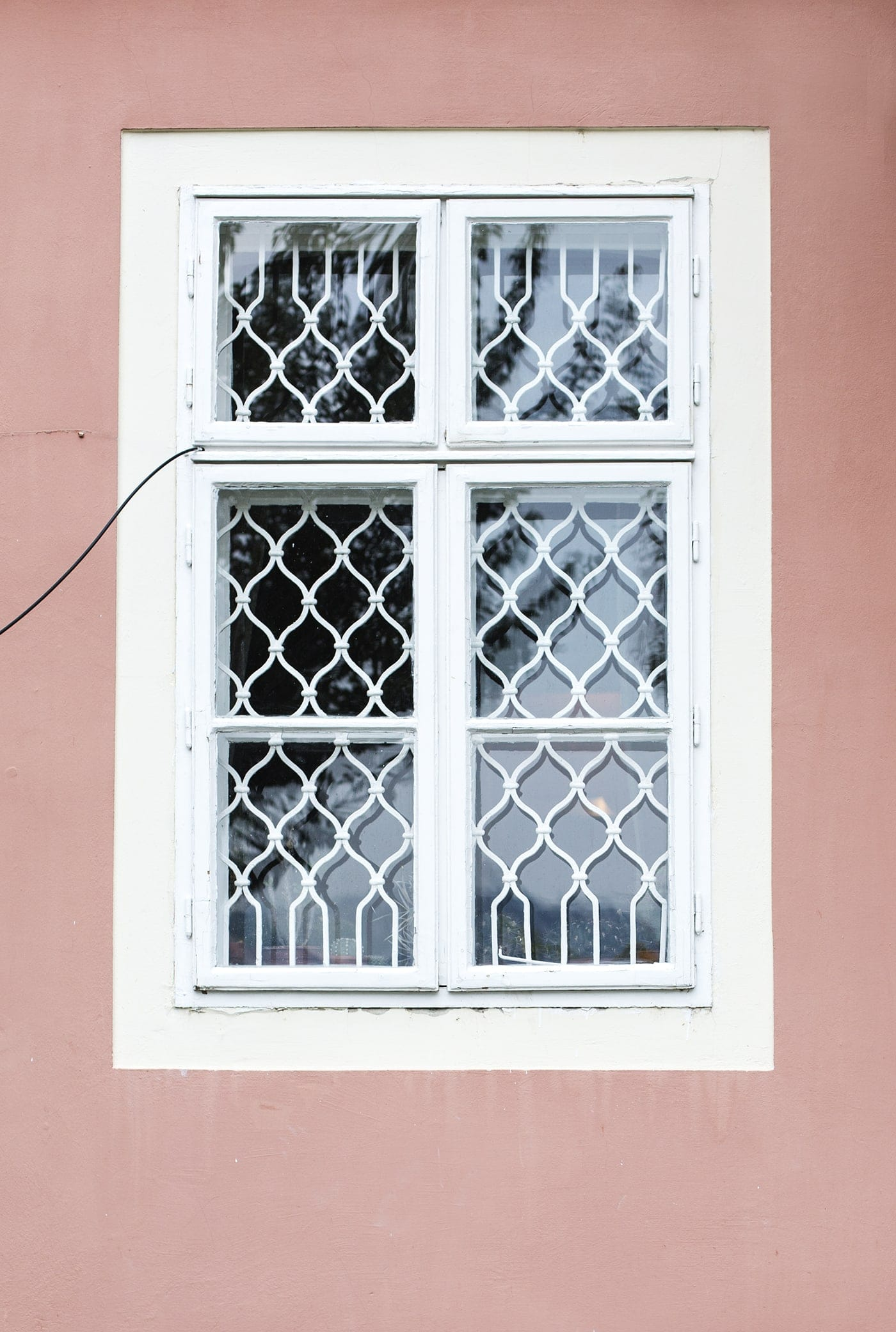 budapest windows | the lovely drawer
