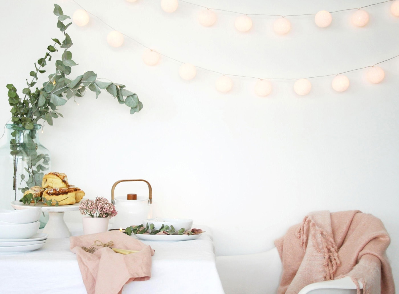 12 styled days of Christmas with West Elm | pretty pastel table top | apartment apothecary