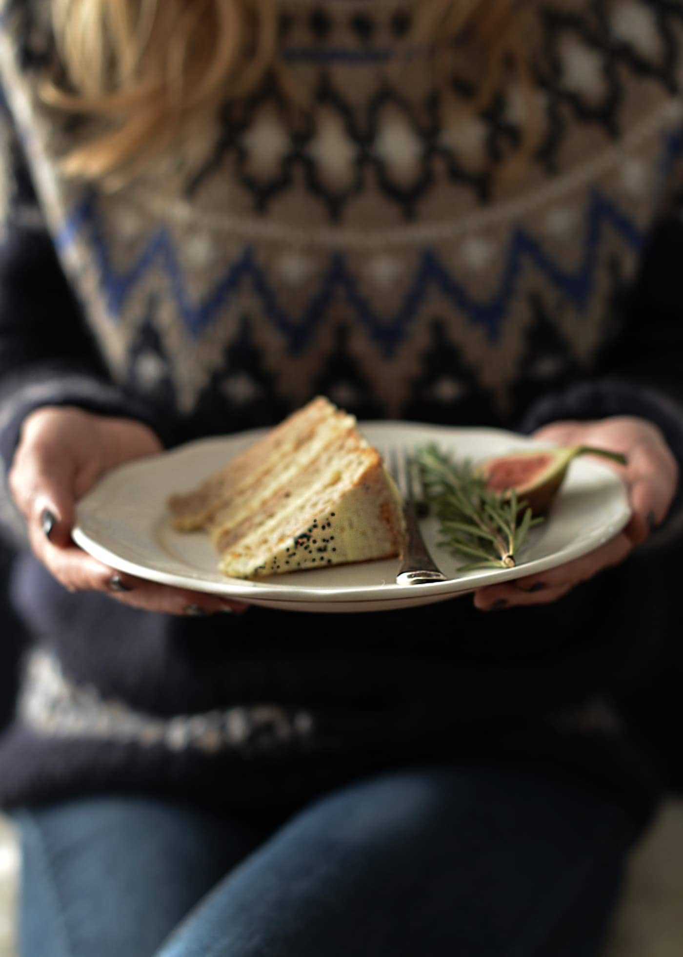 West Elm 12 Days of Christmas Winter Spiced Cake-13
