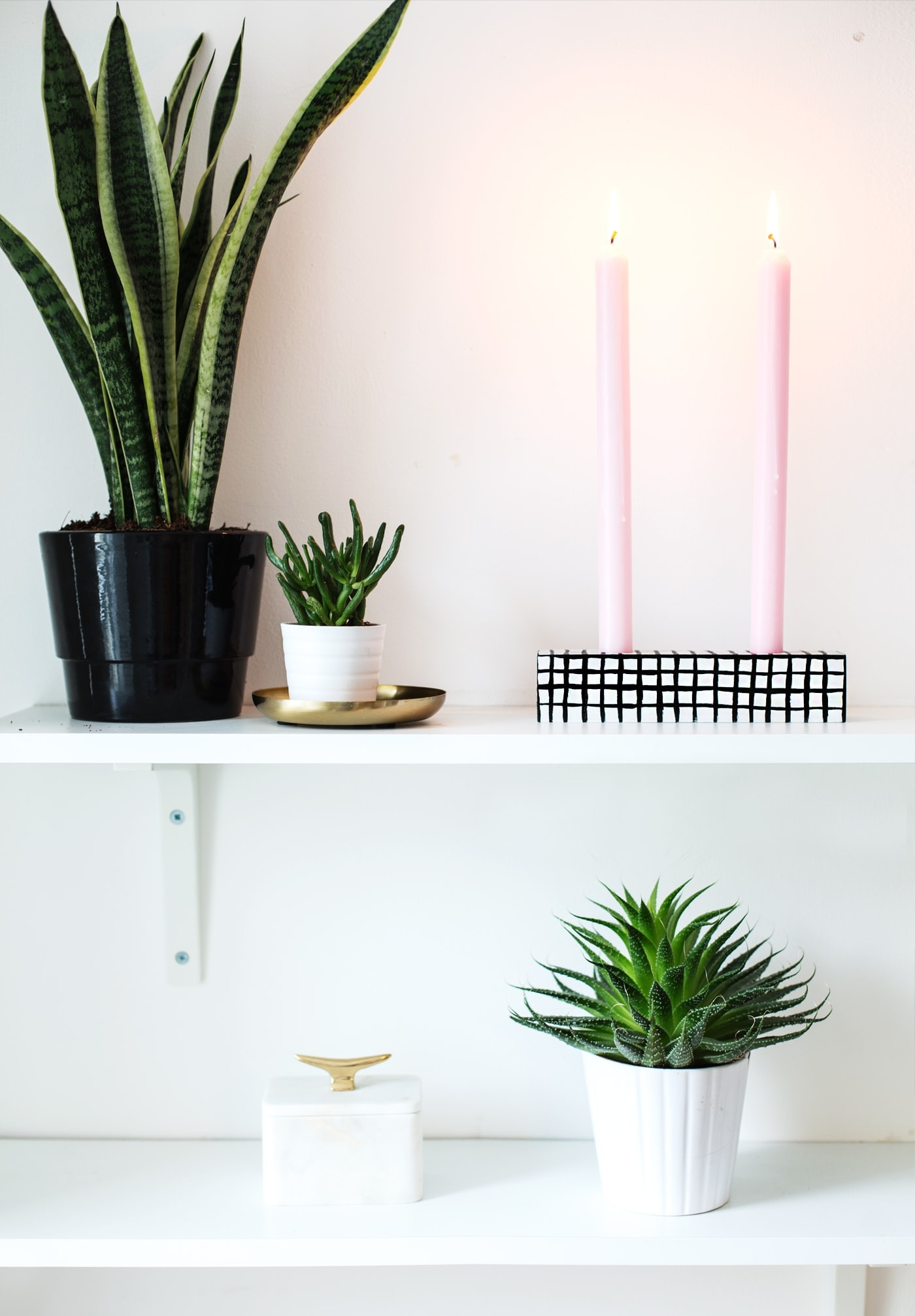 sugar & cloth | DIY grid pattern candle holder