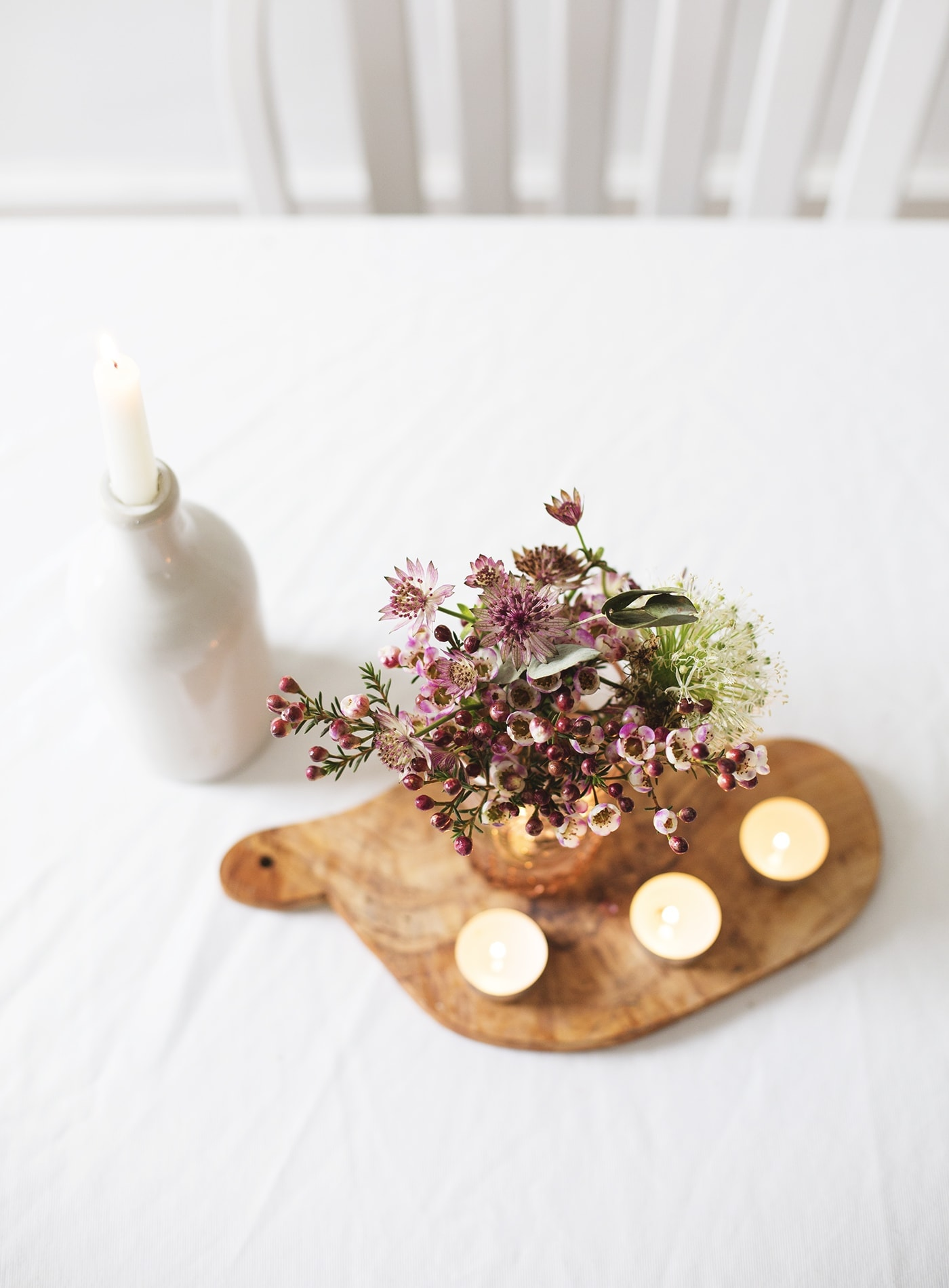 february styling the seasons | valentine's table centre