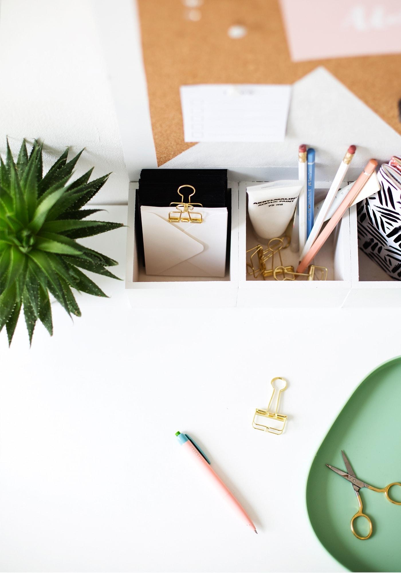 diy desk organiser | sugar & cloth
