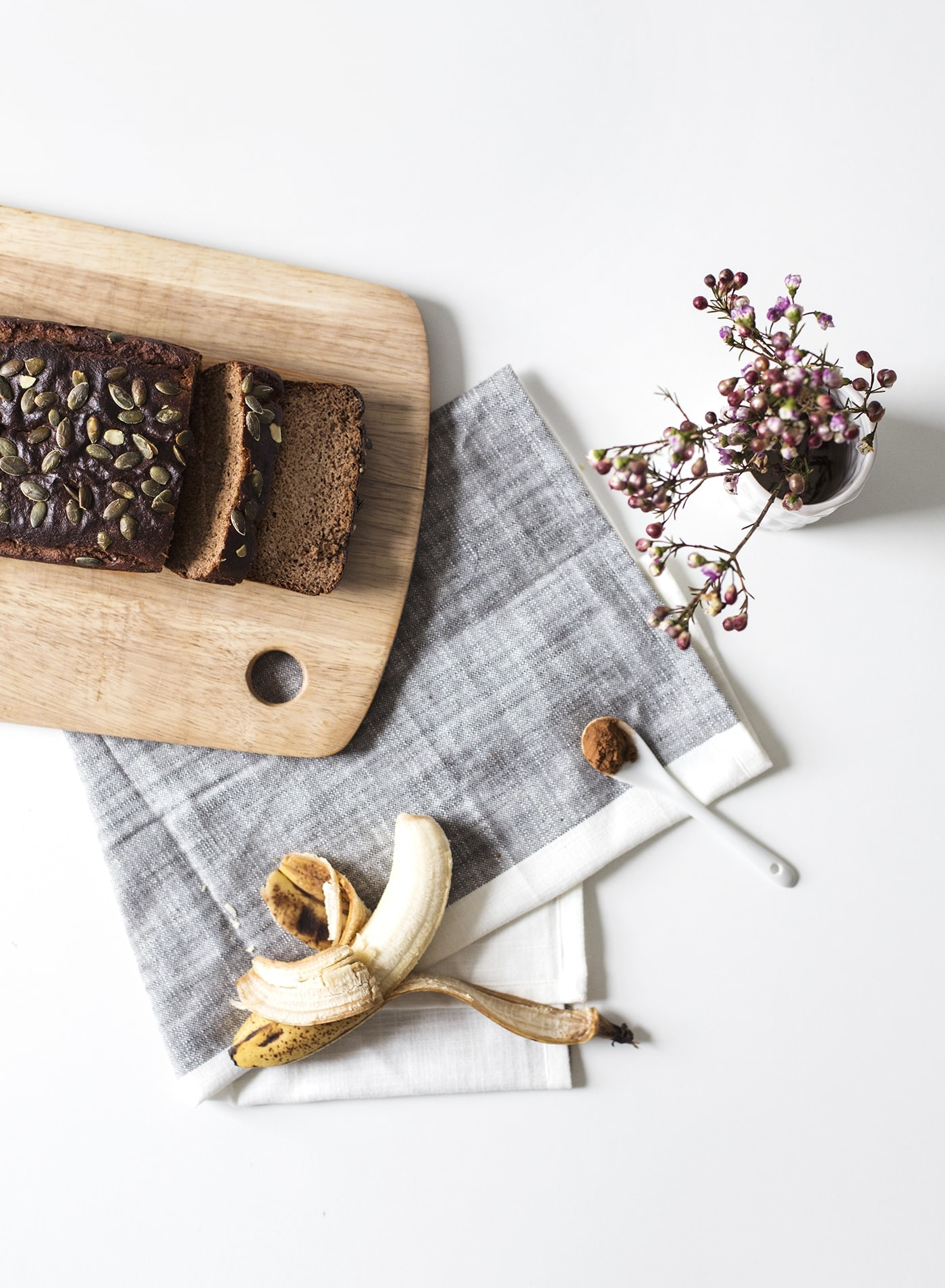 paleo seeded banana loaf recipe | grain free baking | gluten free