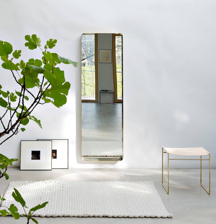 simple wall mirror | interiors inspiration