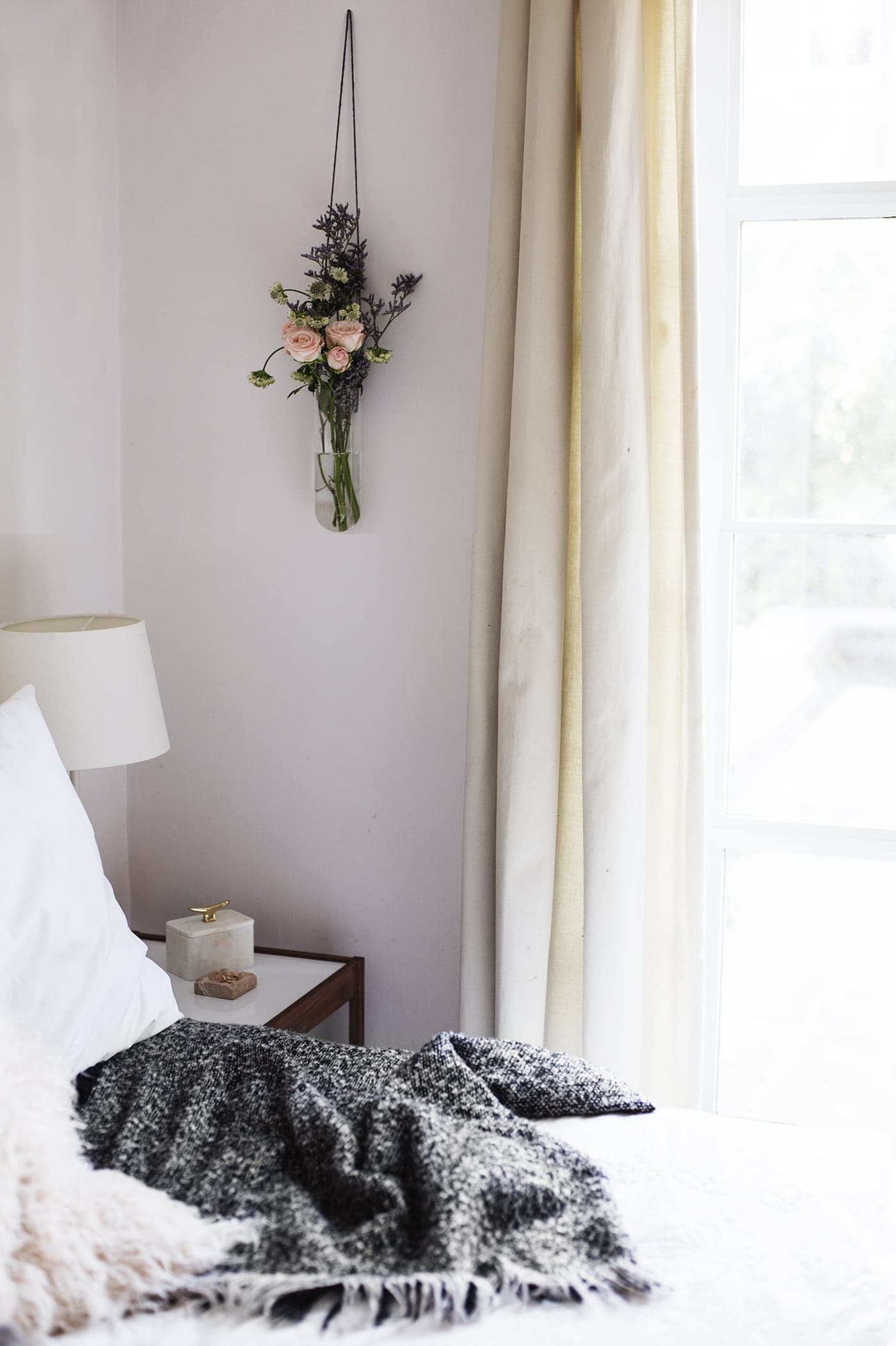 styling the seasons march | bedroom | interiors