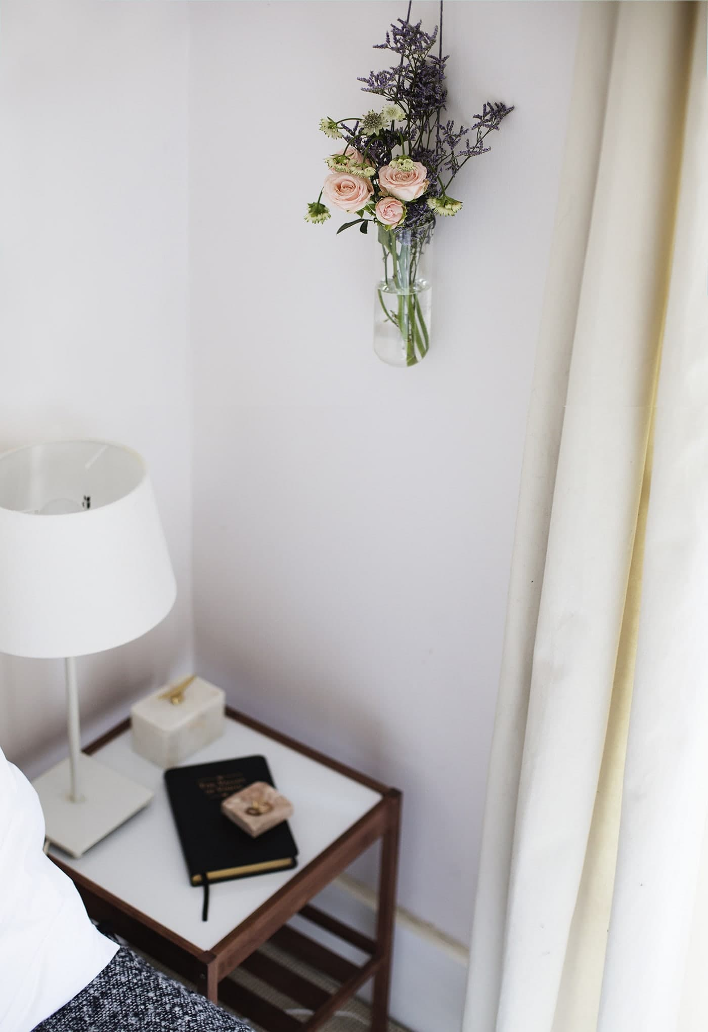 styling-the-seasons-march-bedroom-style-interiors