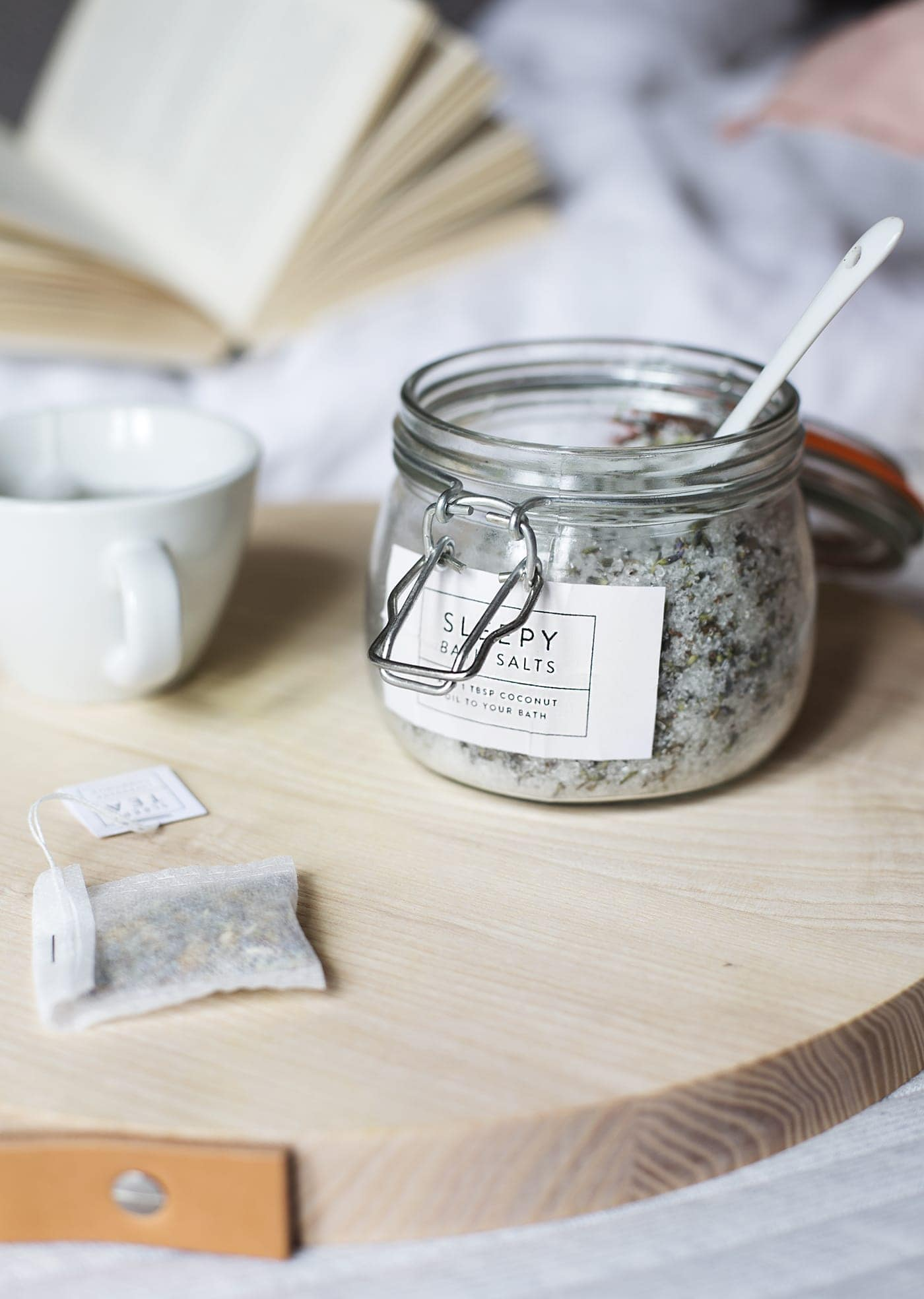 Leesa mattress | a better nights sleep | diy bath salts and tea