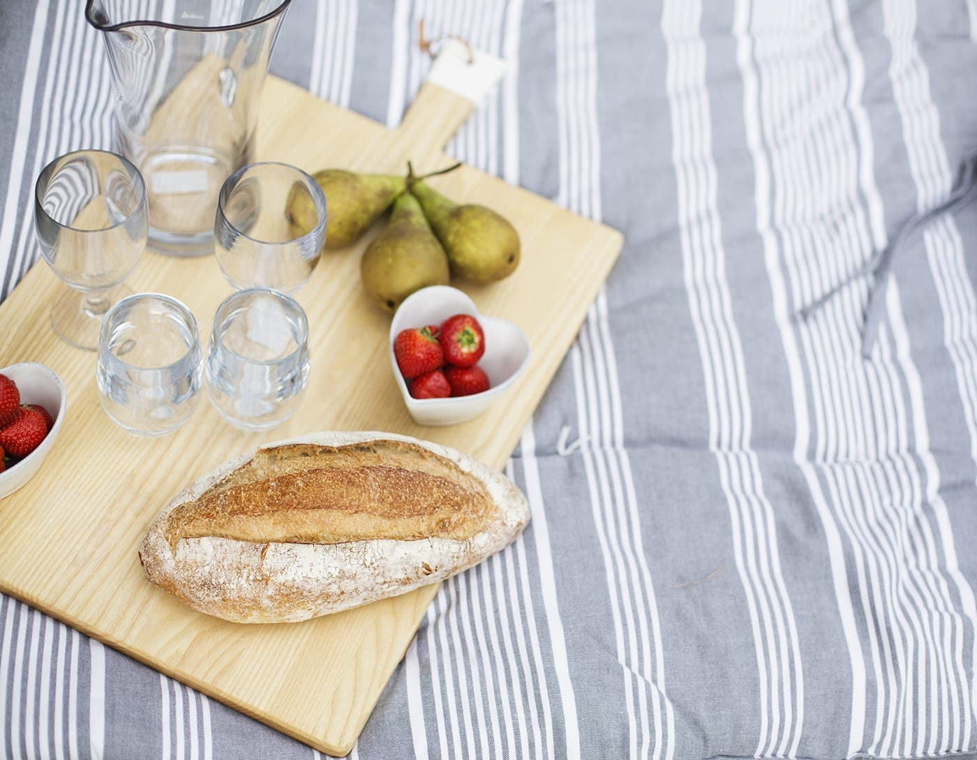 The White Company summer entertaining | picnic