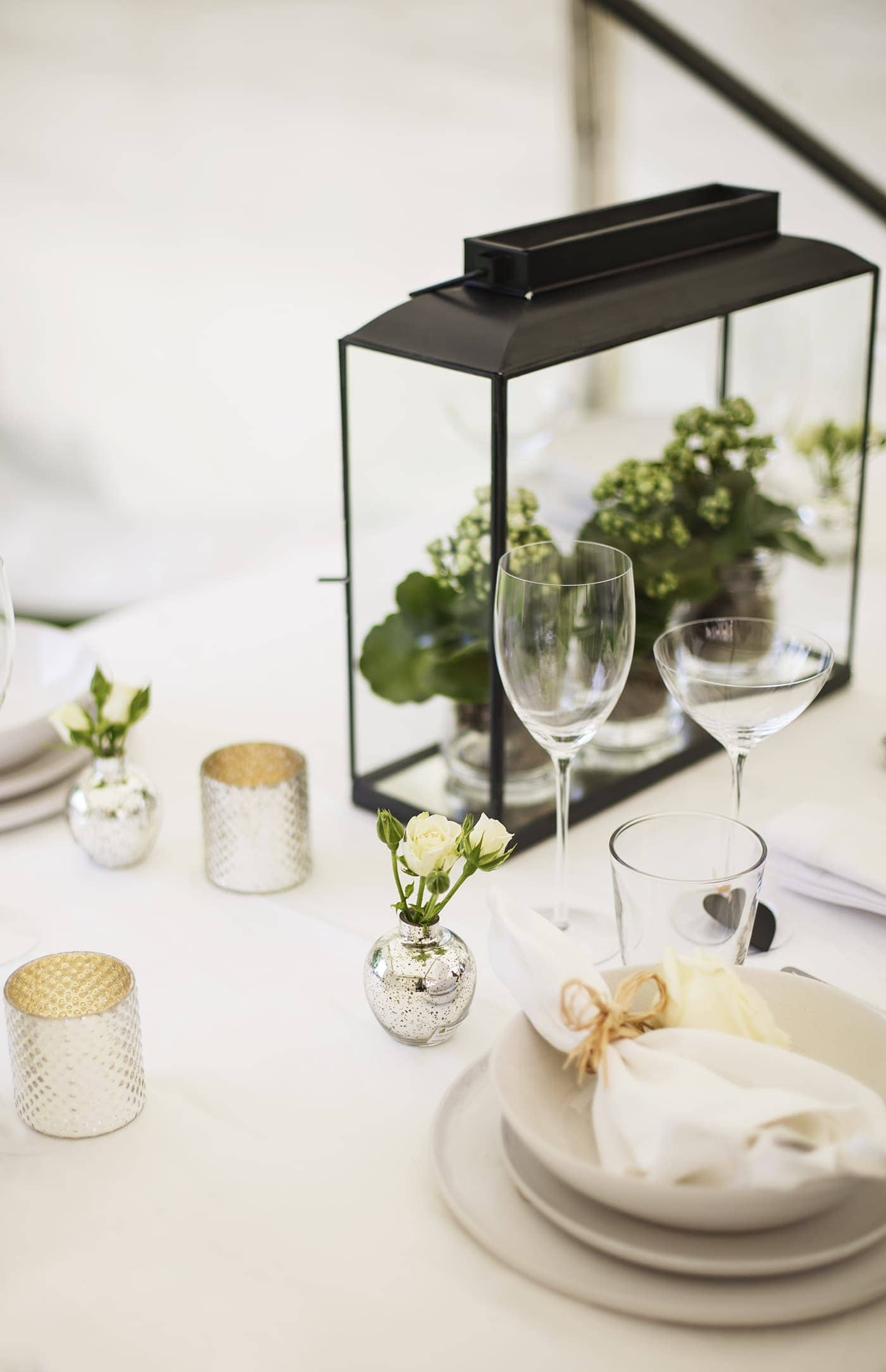 The White Company summer entertaining | table centre styling