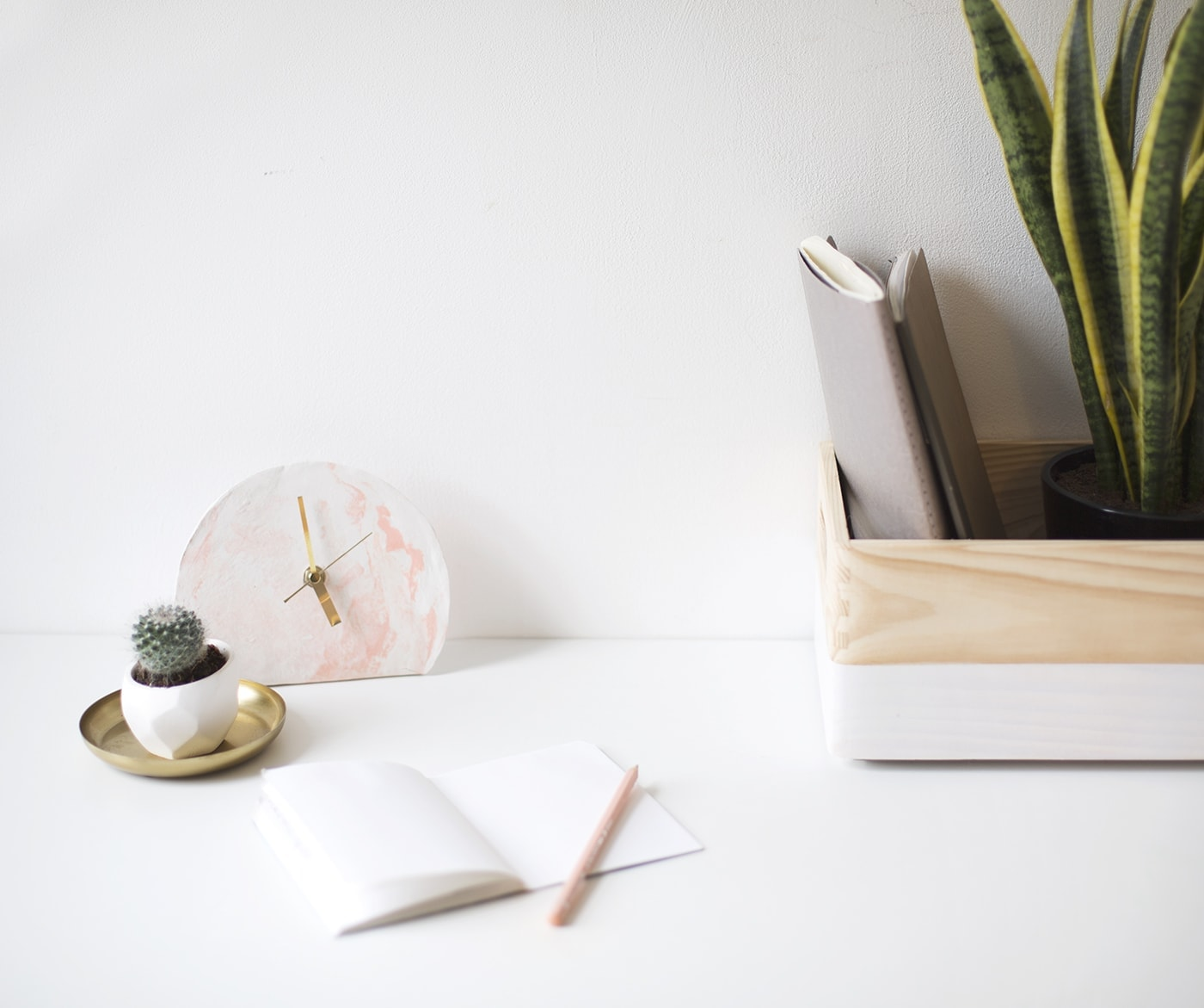 mini standing desk clock DIY | easy tutorial | polymer clay