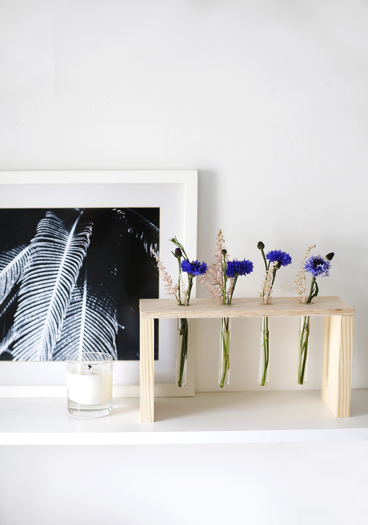 DIY floral table centre   easy craft tutorial perfect for entertaining   home idea