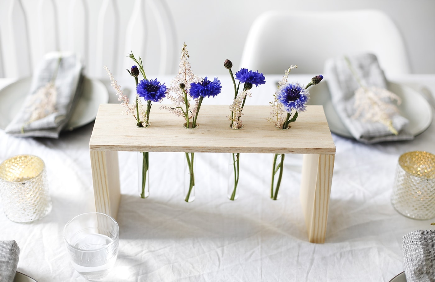 DIY floral table centre made with wood and test tubes | easy craft tutorial perfect for entertaining | home ideas