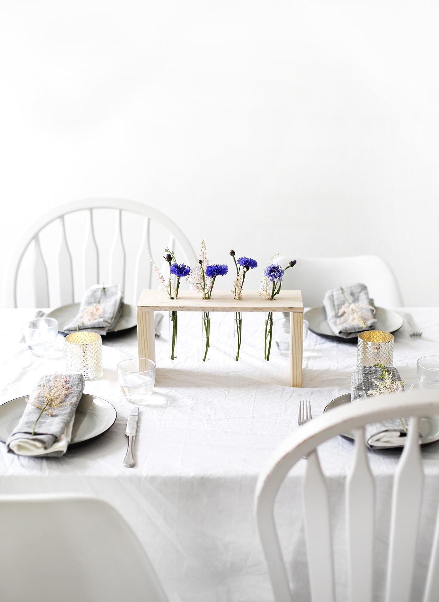 DIY floral table centre