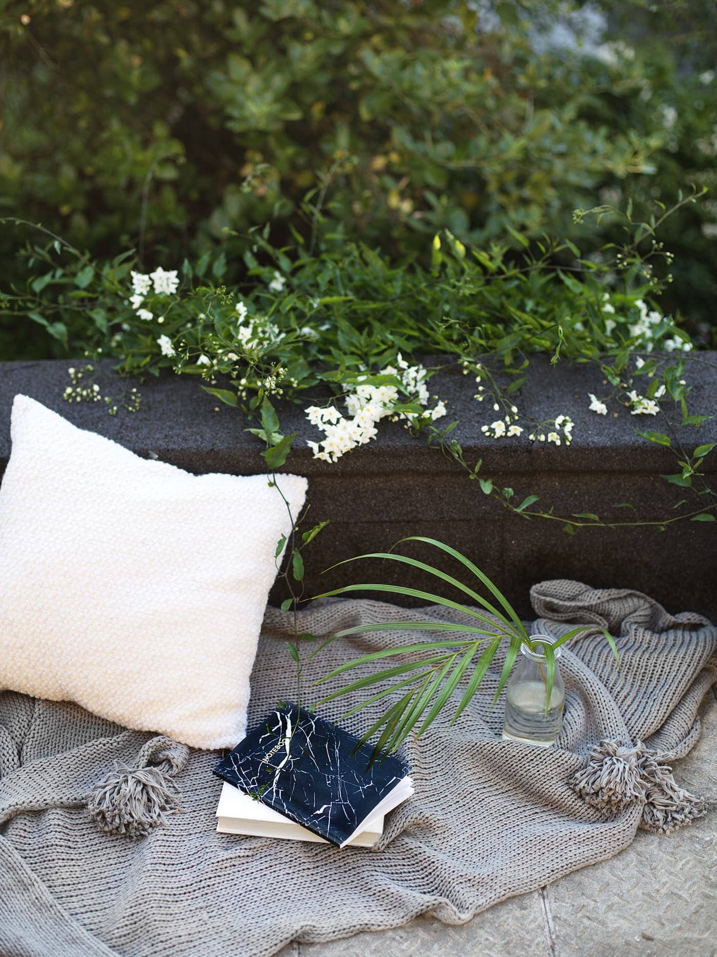 styling the seasons August | home style on the terrace