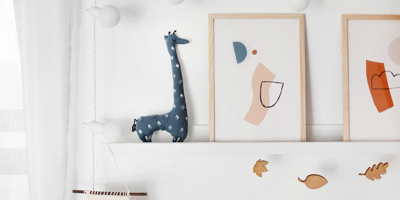 toy giraffe featured