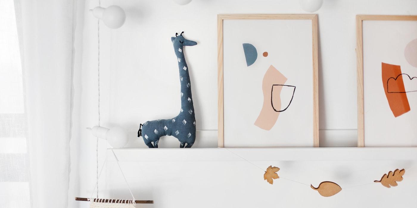 toy giraffe featured