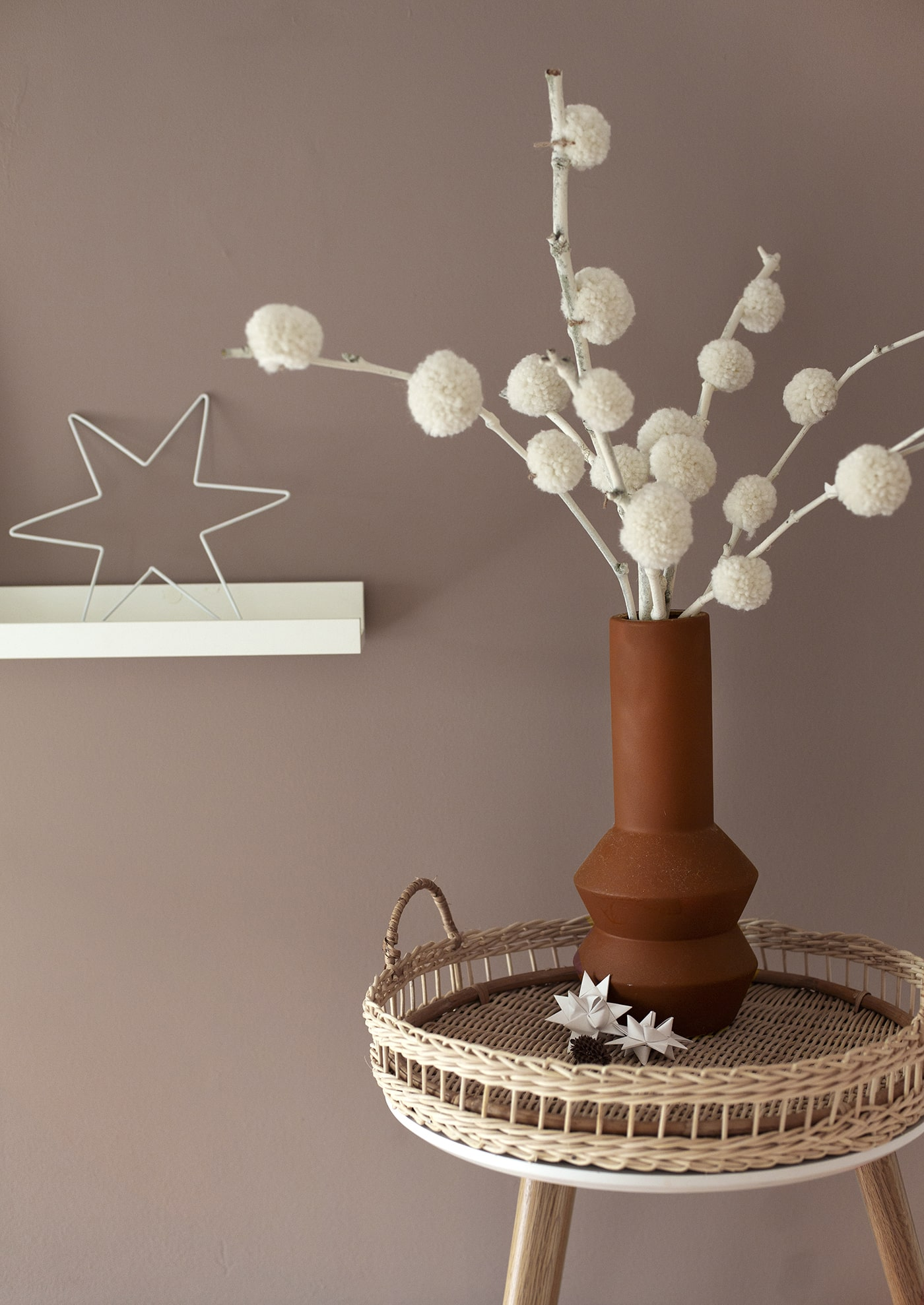 DIY Winter Pom Pom Tree